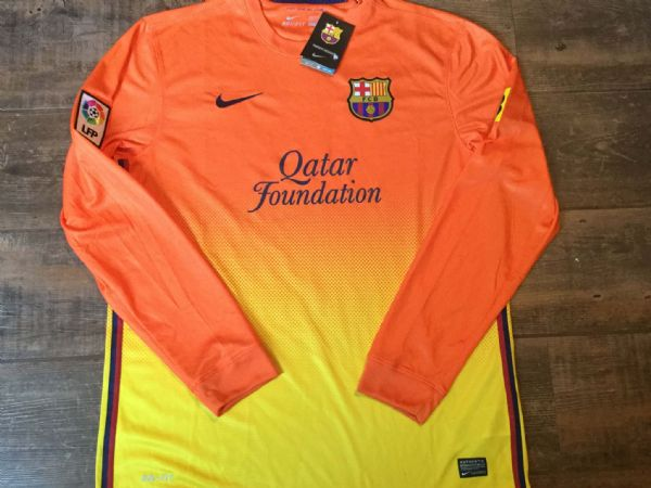 2012 2013 Barcelona BNWT New L/s Away Adults Large Football Shirt Camiseta